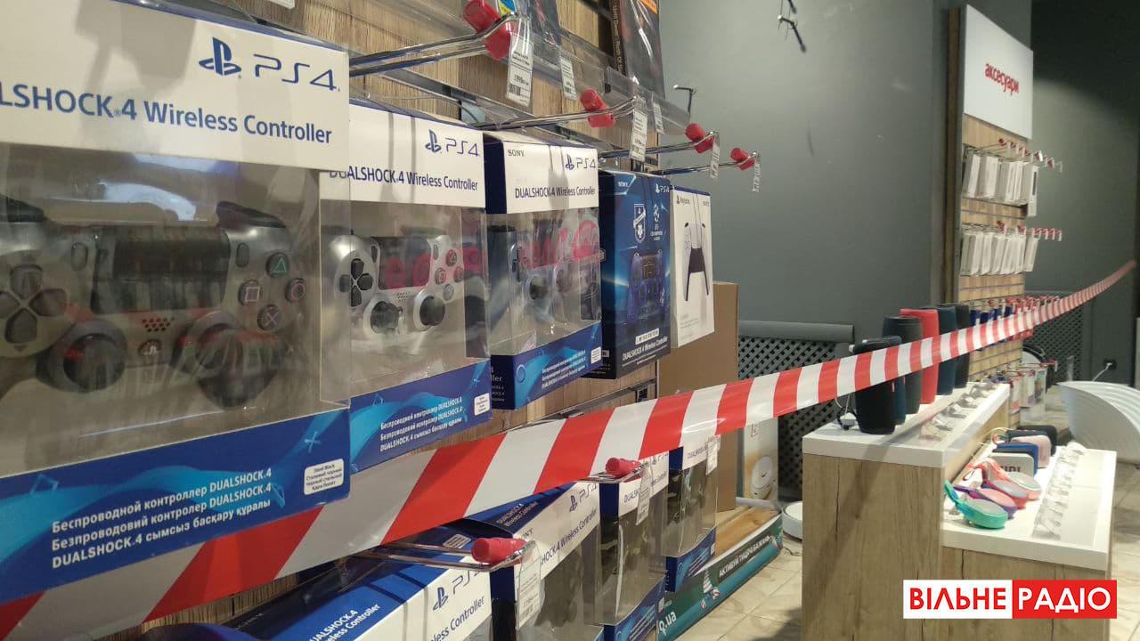 Як працюють магазини зв'язку під час локдауну в Бахмуті на Донеччині