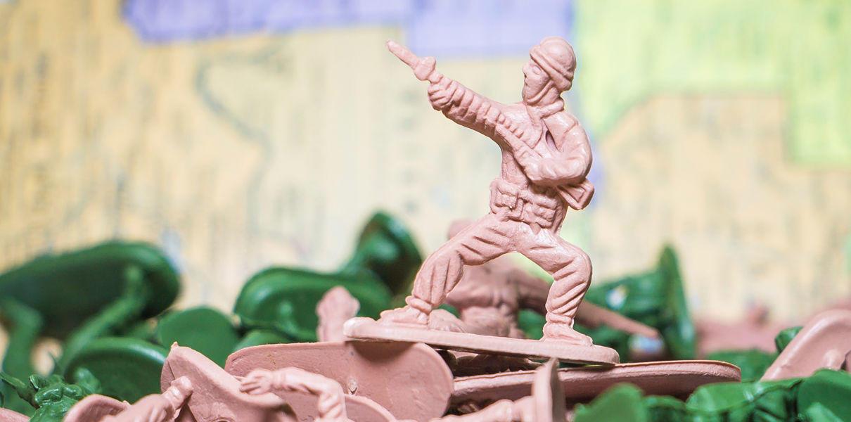 Почему в современной России отмечают День советской армии