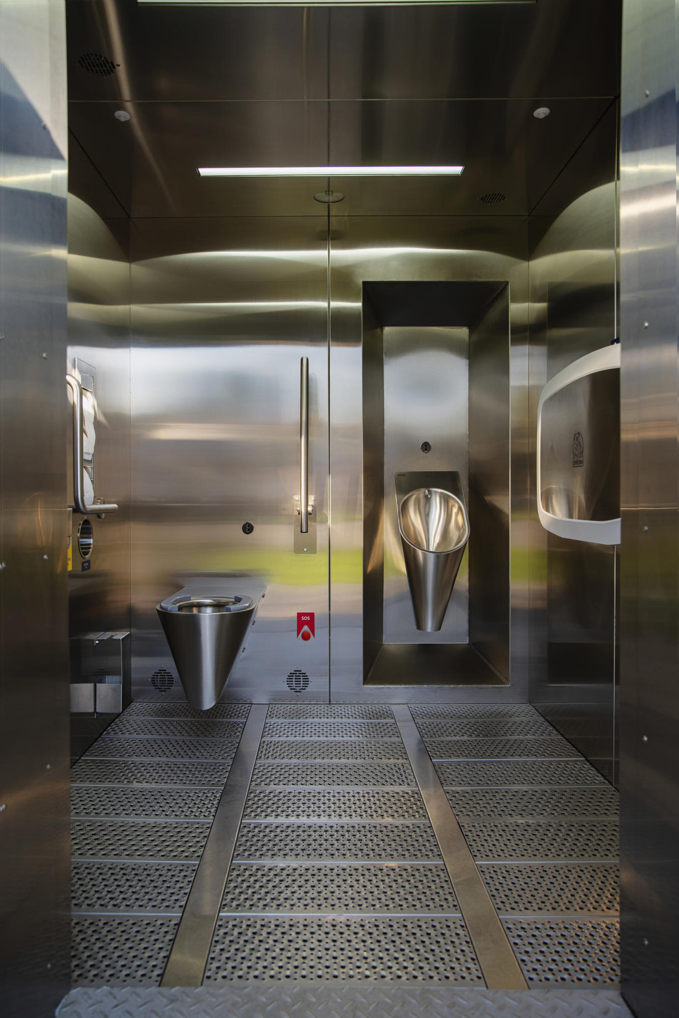 В Бахмуті хочуть встановити сучасний громадський туалет за 3,2 млн грн