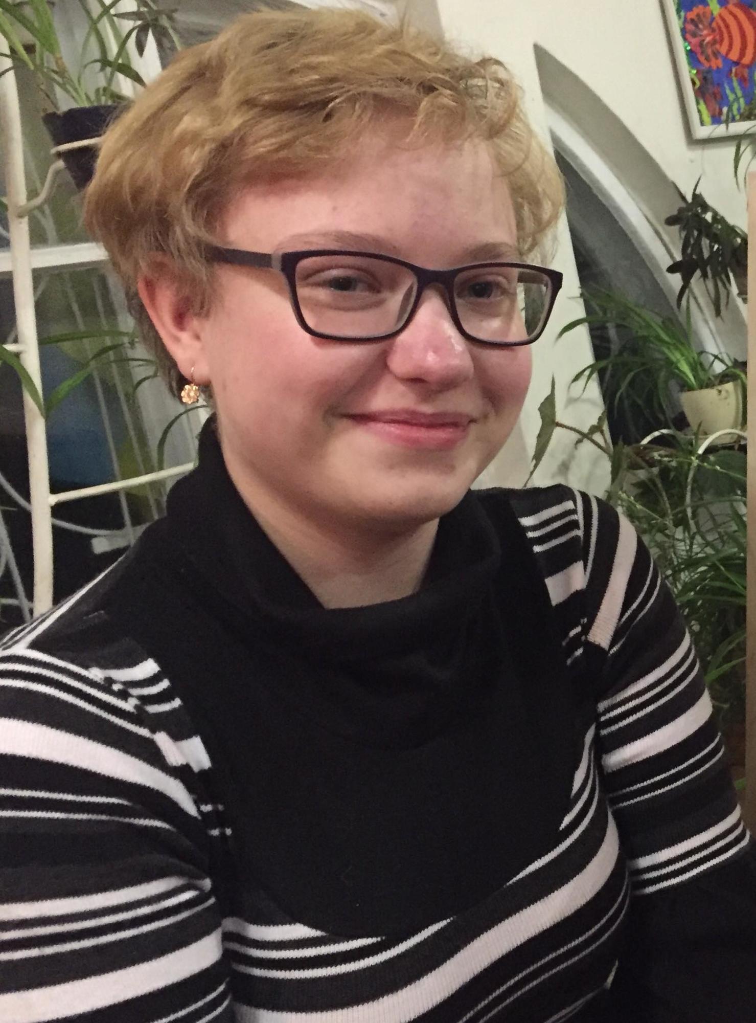 Таїсія Первак дівчинка-витинкарка з Часів Яра