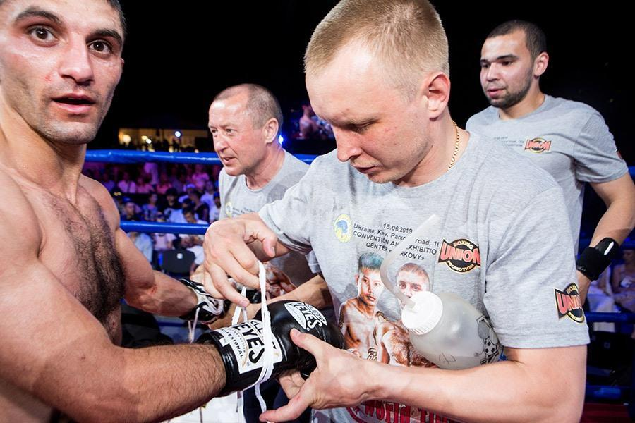 боксери Єфимович та Далакян