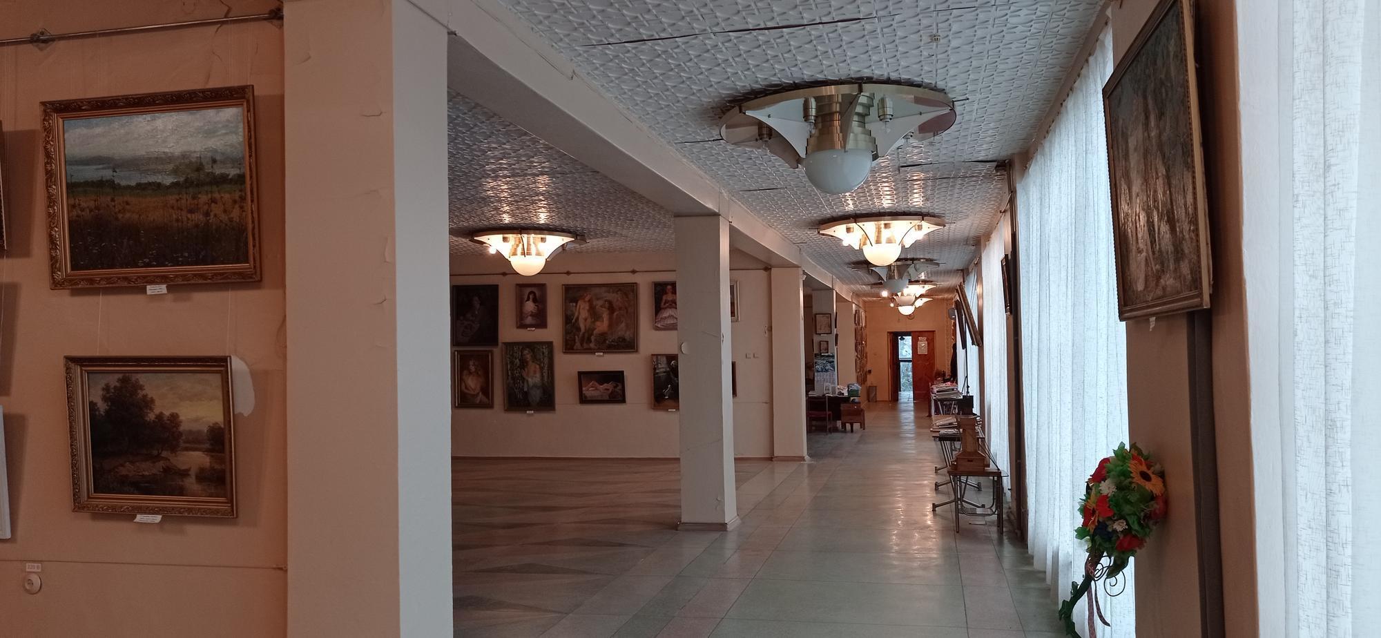 картинна галерея у Світлодарську