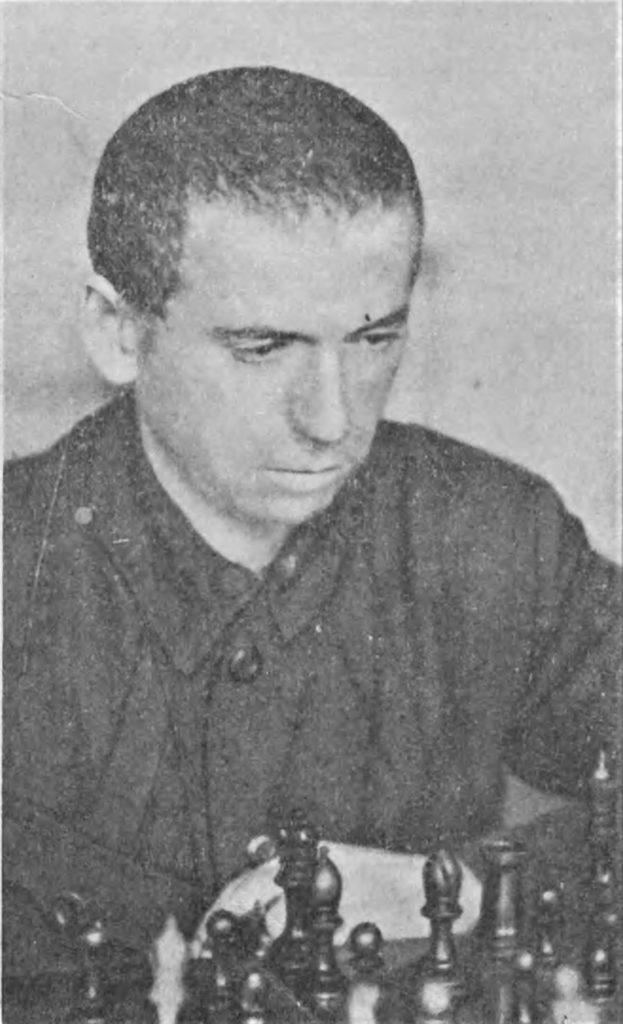 Борис Верлінський за шахматною дошкою