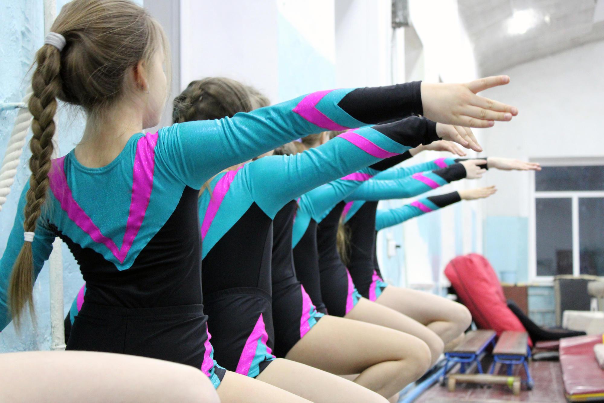 """Як проходять тренування з гімнастики у бахмутському спортклубі """"Юпітер"""""""