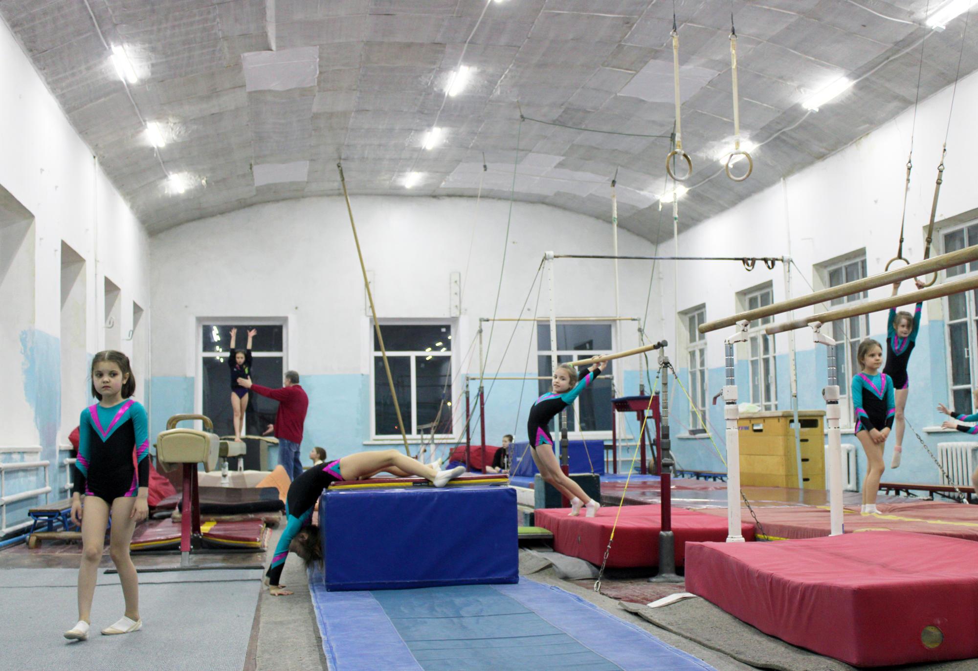 """У Бахмуті є спортивний клуб """"Юпітер"""", де виховують гімнасток"""