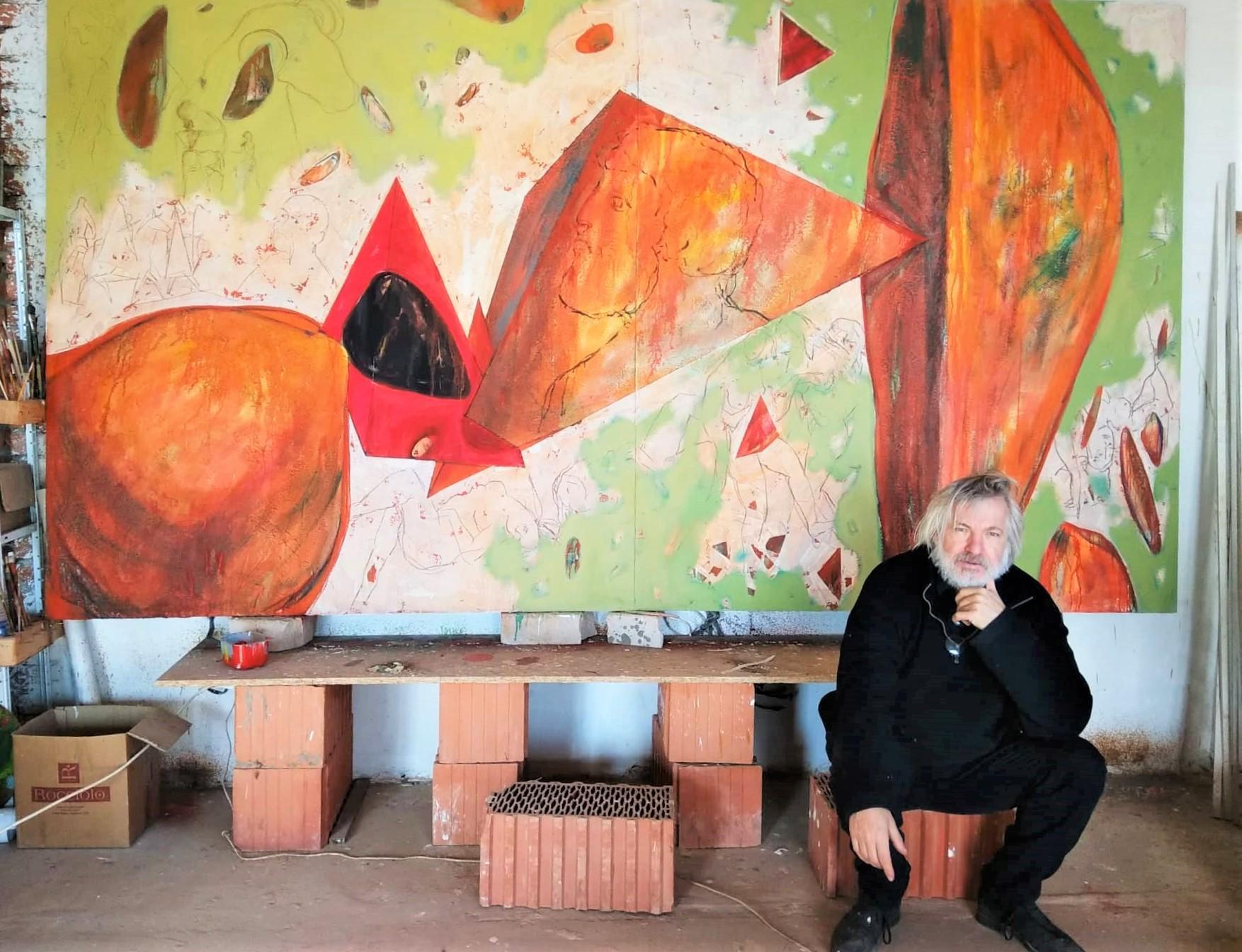 Петр Антип в мастерской