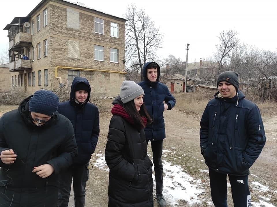 підлітки у Соледарі на Донеччині