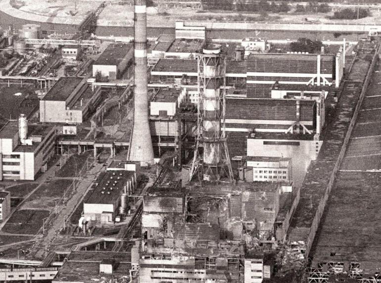 4 энергоблок ЧАЭС после взрыва