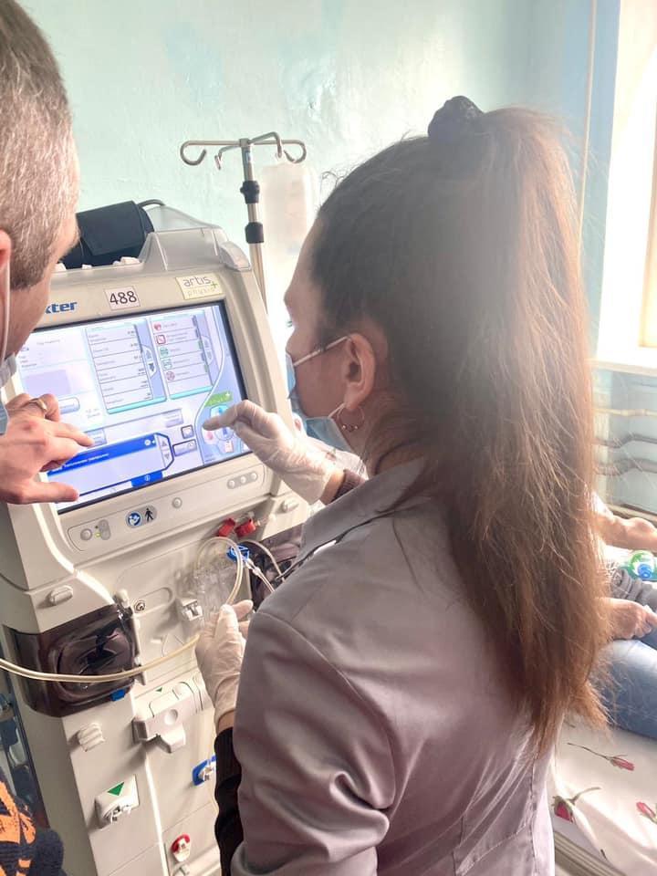 медперсонал отделения гемодиализа в Торецке