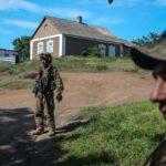 Оккупанты сбросили с дрона мину возле жилого дома под Волновахой