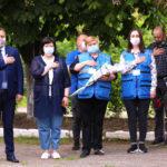 В школе Торецка теперь есть мемориальная доска в честь ученицы, которая погибла во время обстрелов