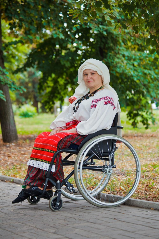 Наталья Зубарь из Бахмута в традиционном украинском наряде