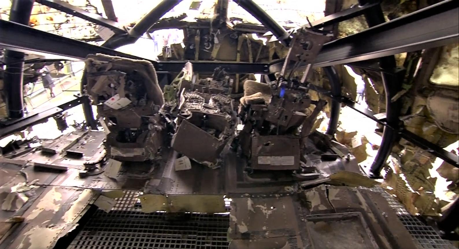 реконструйована кабіна пілотів збитого на Донбасі Боїнга