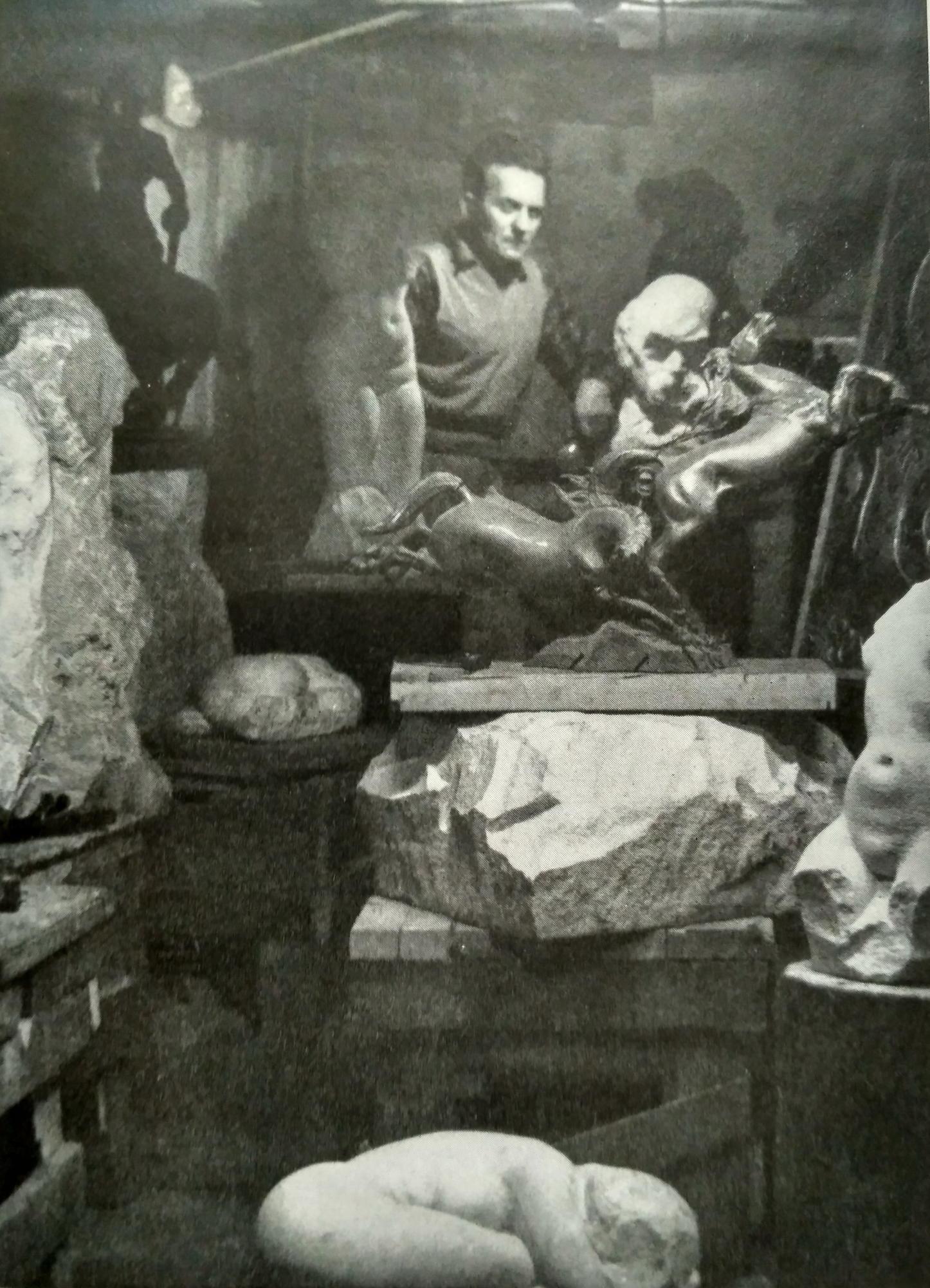 Богдан Мухін у майстерні у Мюнхені