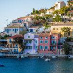 Греция открыла двери для украинских туристов. Куда еще можно поехать
