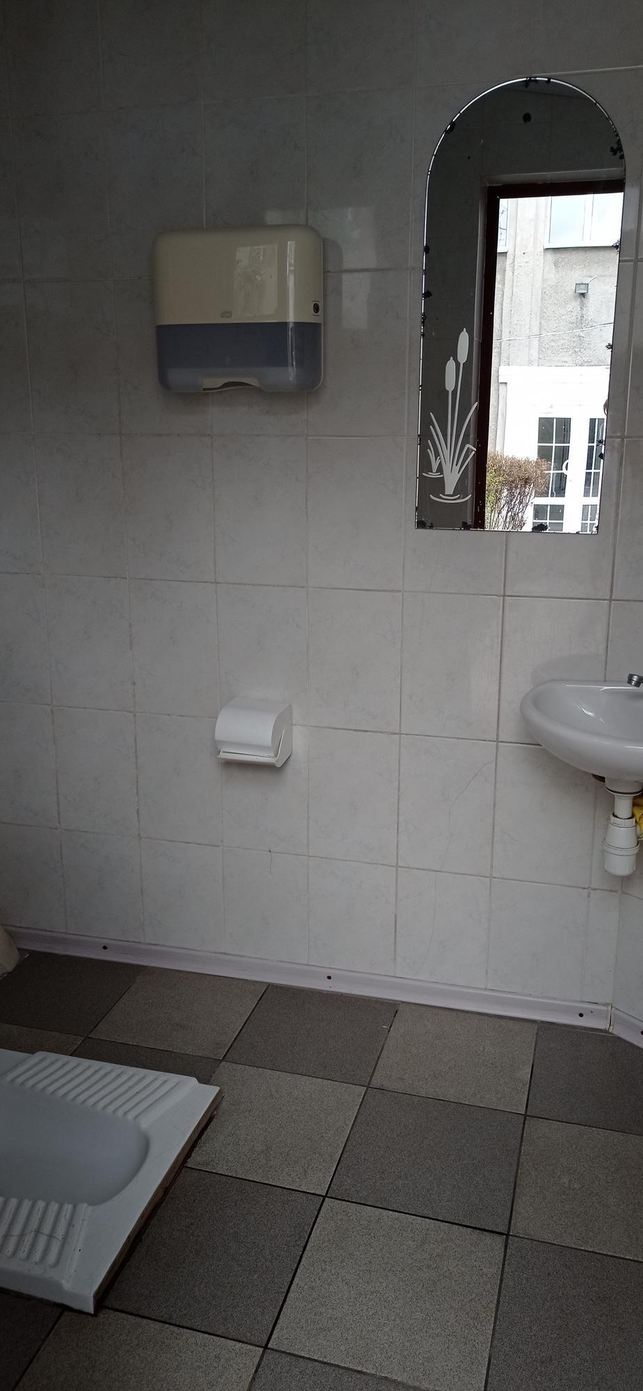 туалет в ресторации Соль в Бахмуте