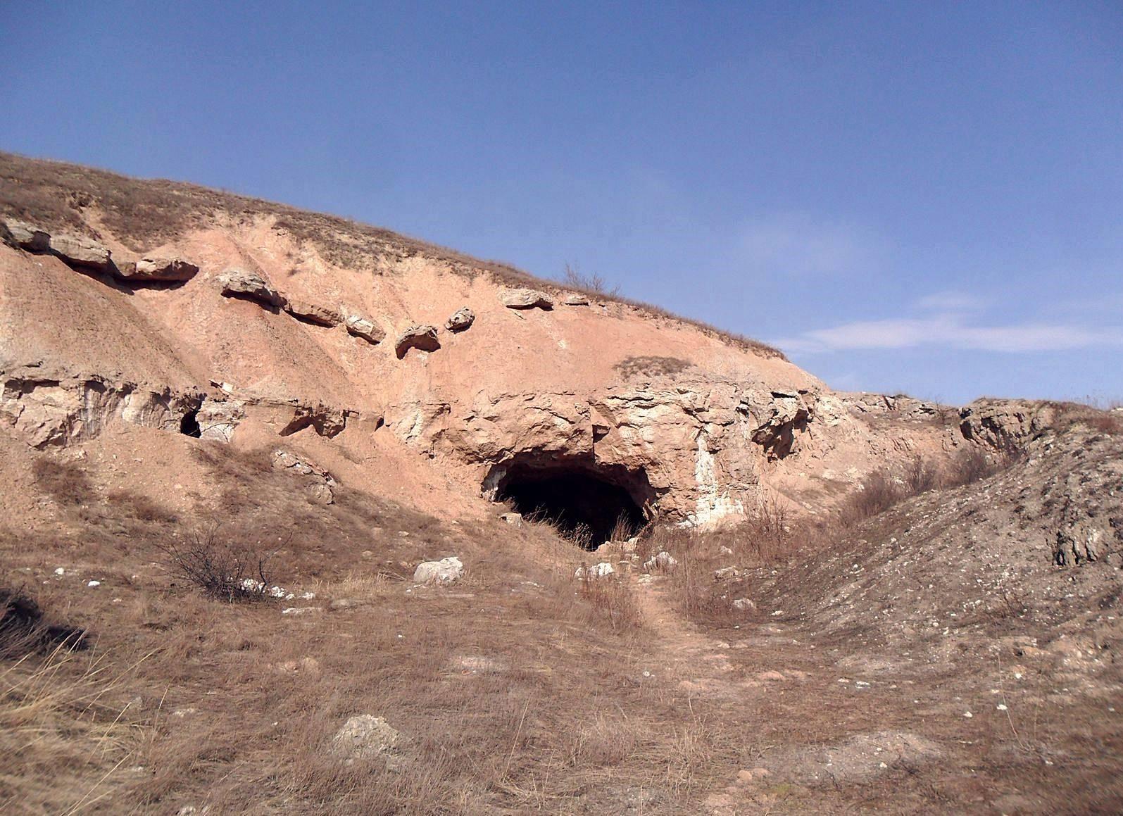 гипсовый рудник в Иванграде возле Бахмута