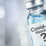Ми зробили щеплення від COVID-19 вакциною AstraZeneca і розповімо про це (Щоденник  —  день другий)