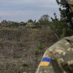 Перед Великоднем бойовики на Донбасі стріляли з мінометів і скидали гранати з дронів