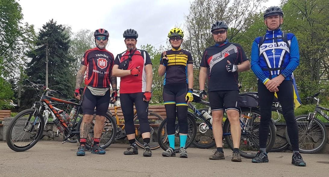велосипедисты Славянска