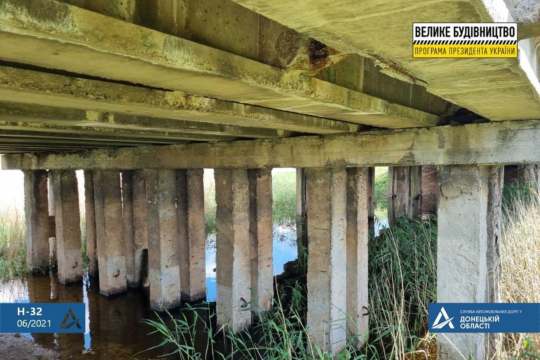 Мост возле села Покровское Бахмутского района отремонтируют до конца осени
