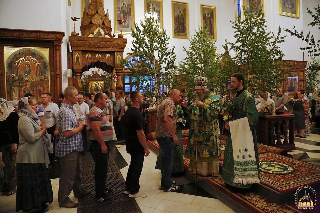 Троица в Святогорской Лавре