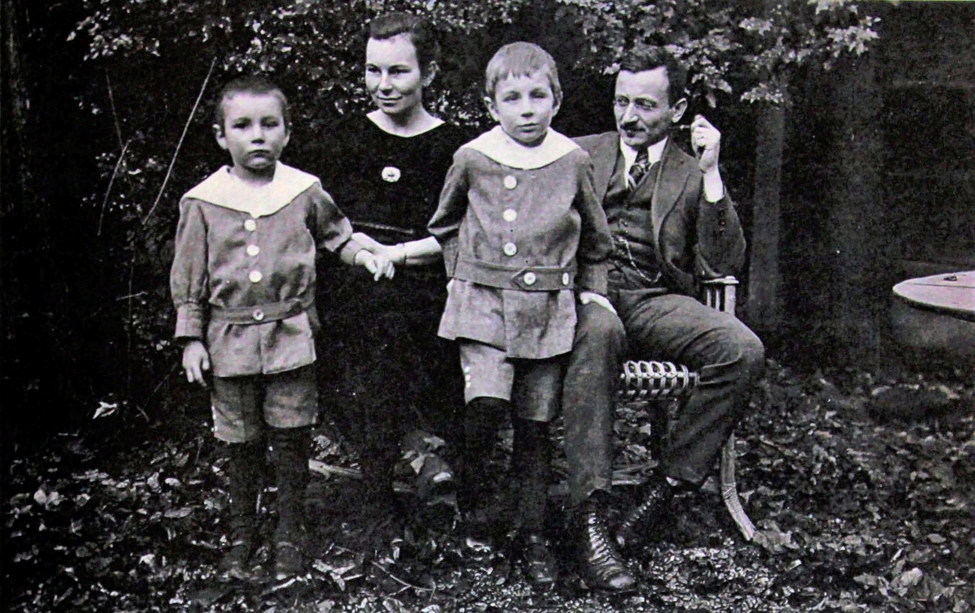 Альфред Гайсин з родиною