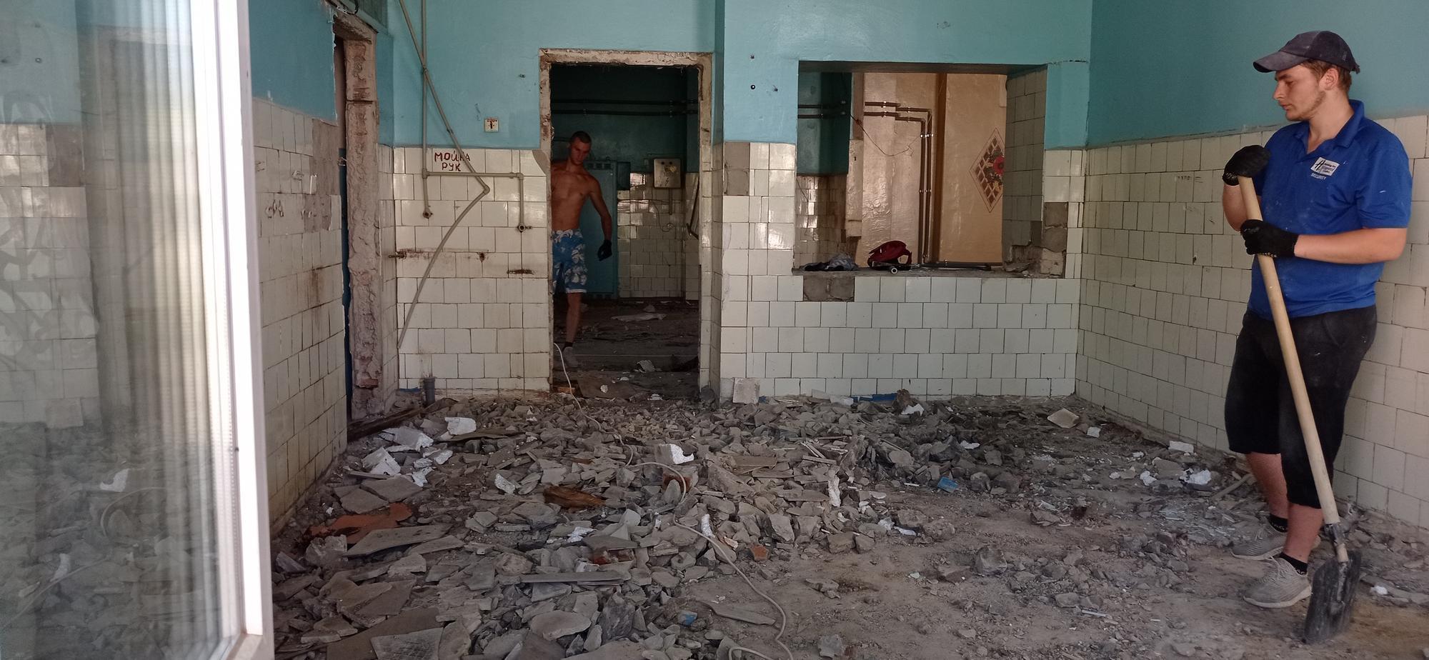 ремонт харчоблоку в школі 18 Бахмута