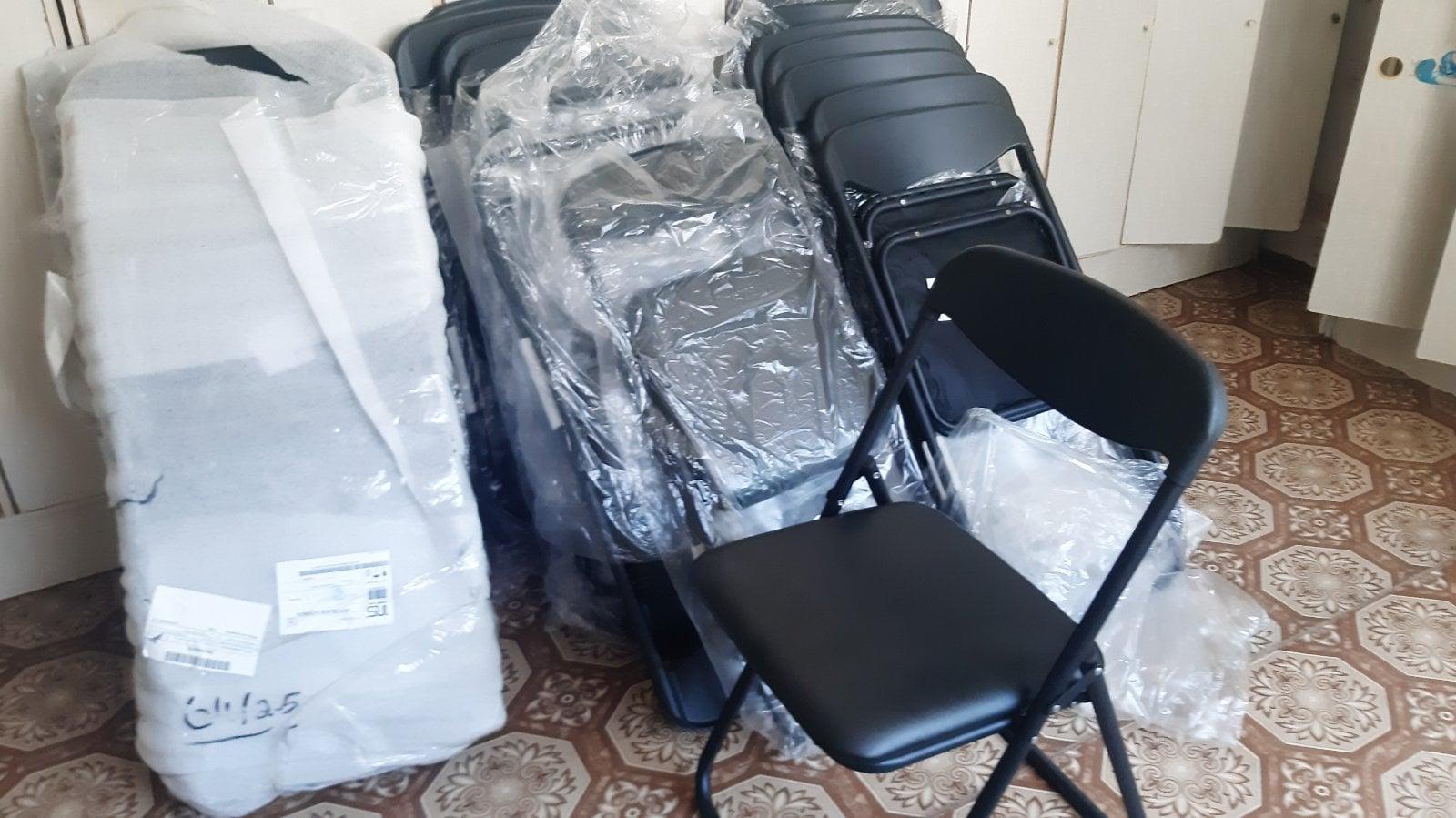 складні стільці для класу просто неба
