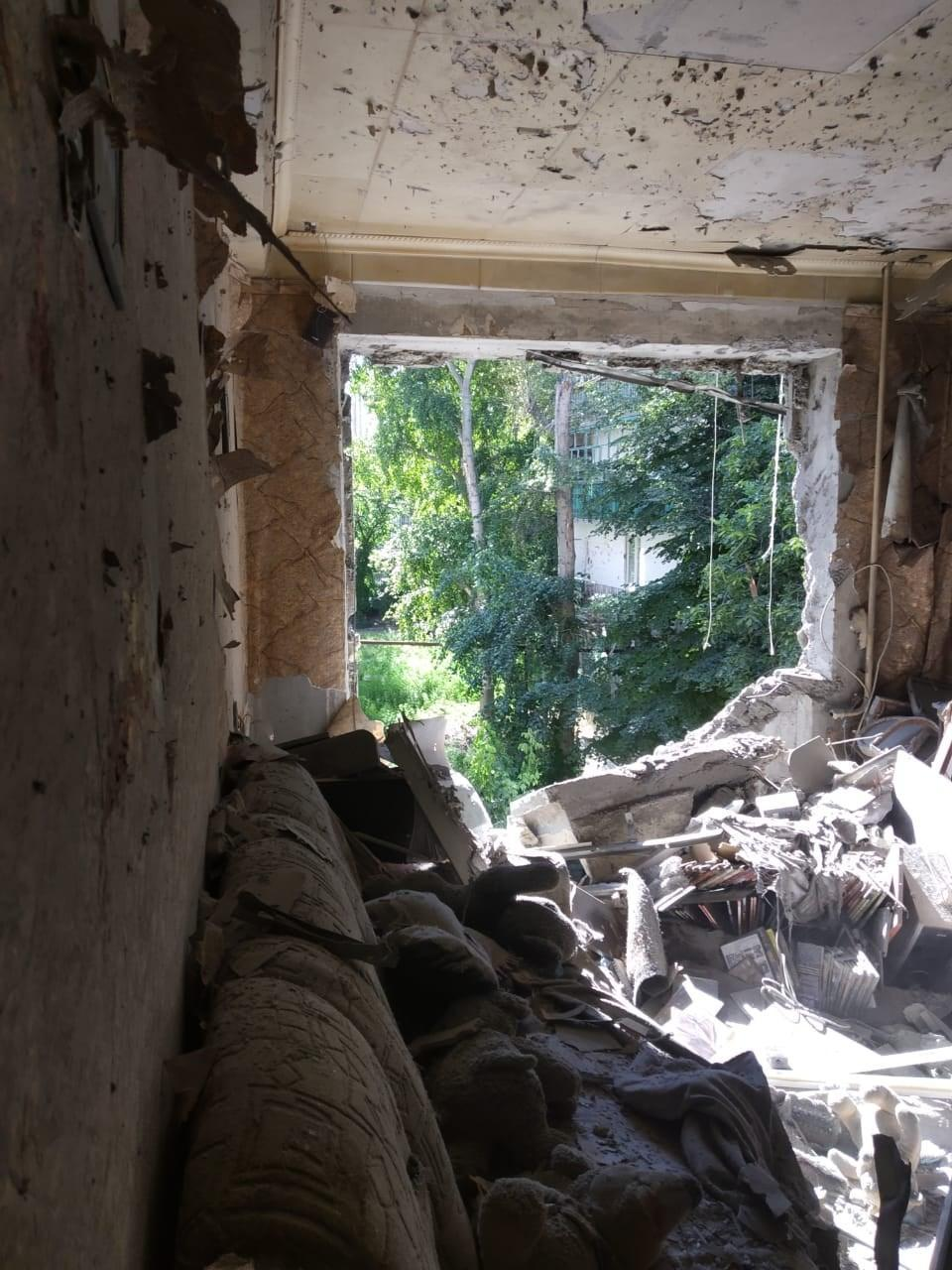 Бойовики обстріляли Красногорівку Донецької області, поранений цивільний