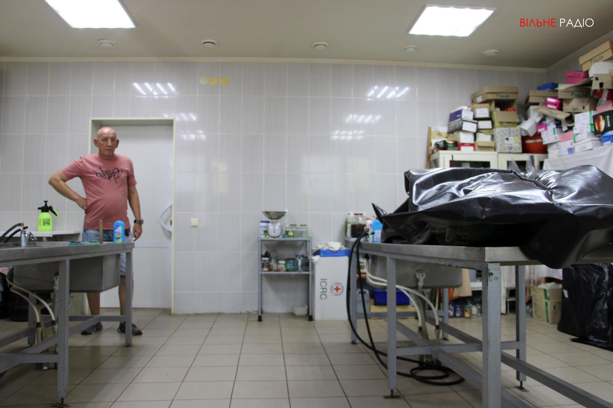 Холодильное оборудование в бахмутский морг должны привезти на днях