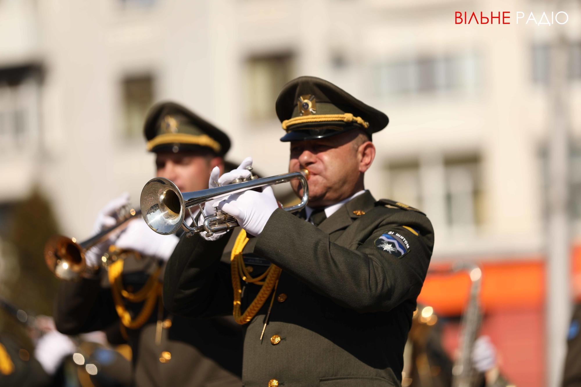 день города в Бахмуте военный оркестр