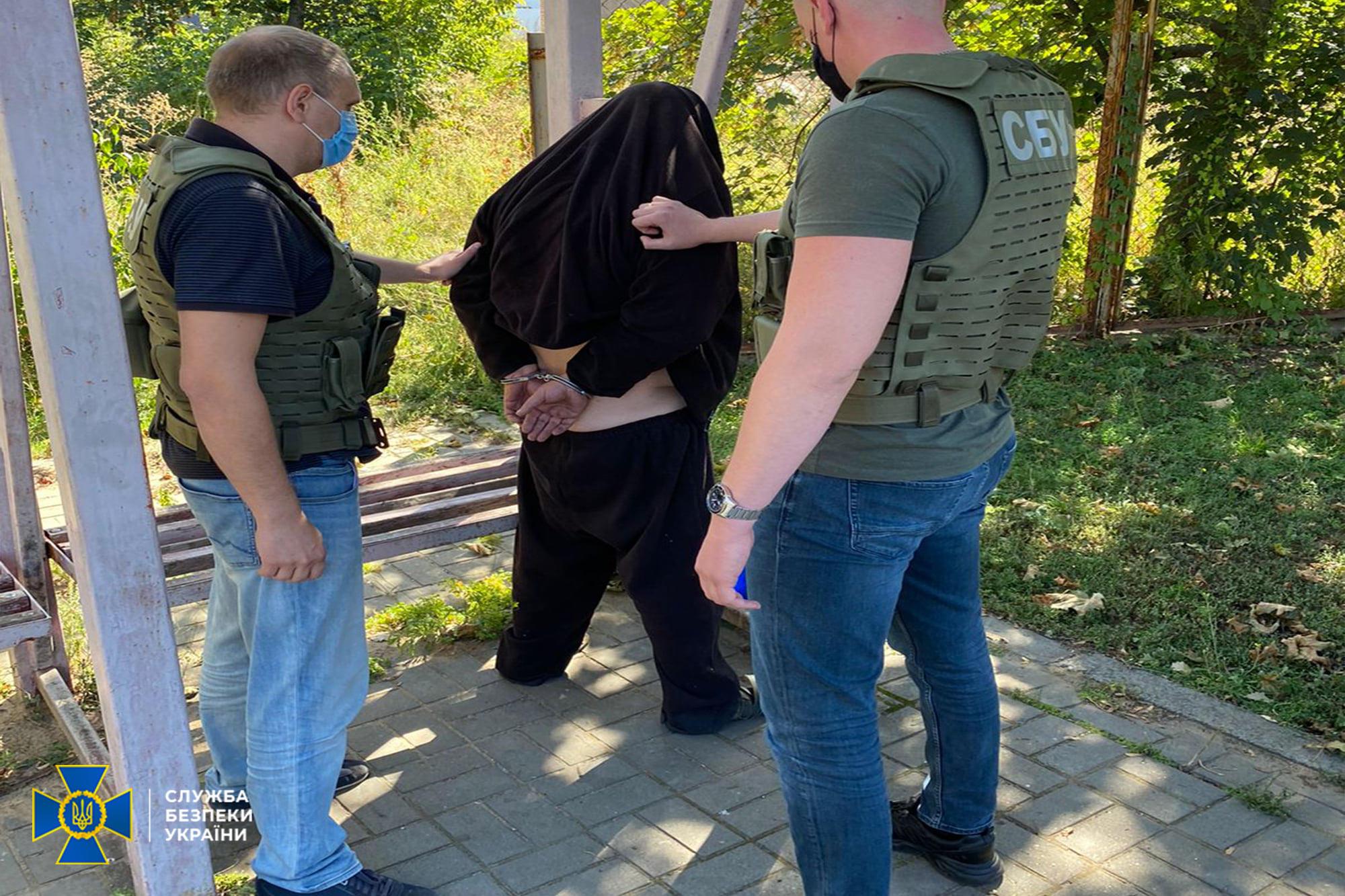 Правоохоронці Донеччини попередили замовне вбивство чоловіка з Костянтинівки