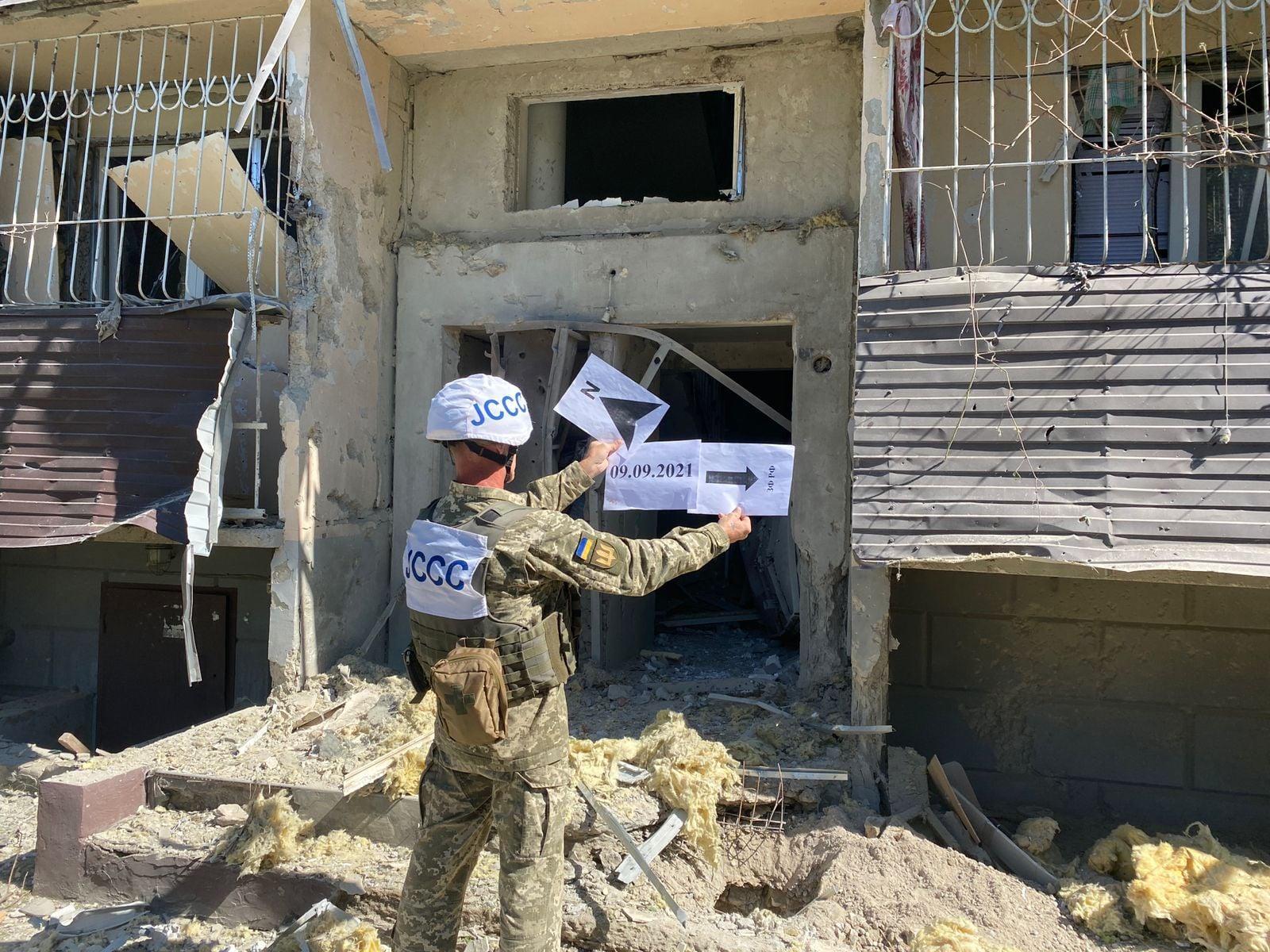 Бойовики обстріляли з артилерії житловий квартал Кряківки Луганської області