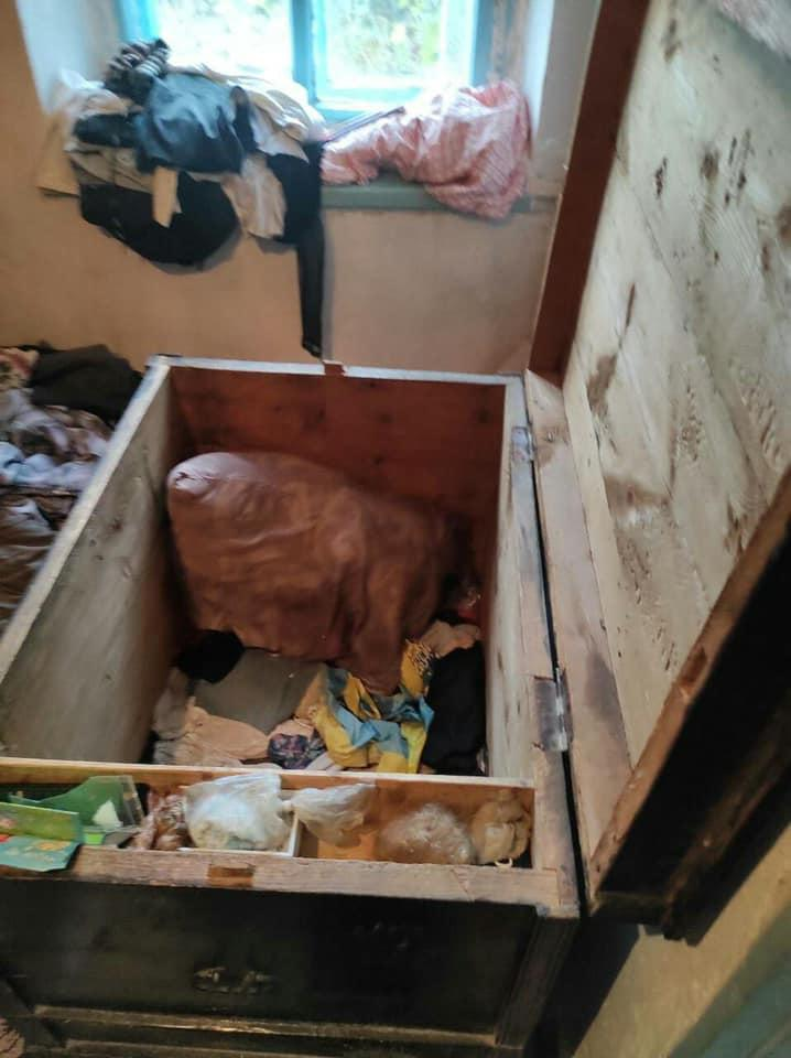 У селі під Волновахою загинули двоє дітей. Їх знайшли у скрині