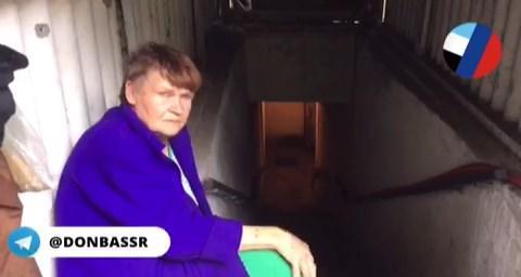 """9 людей вже 7 років живуть у бомбосховищі біля шахти """"Трудівська"""" в Донецьку"""