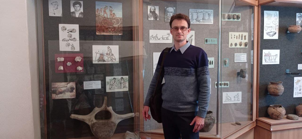 Валерій Богуненко в музеї Часів Яра