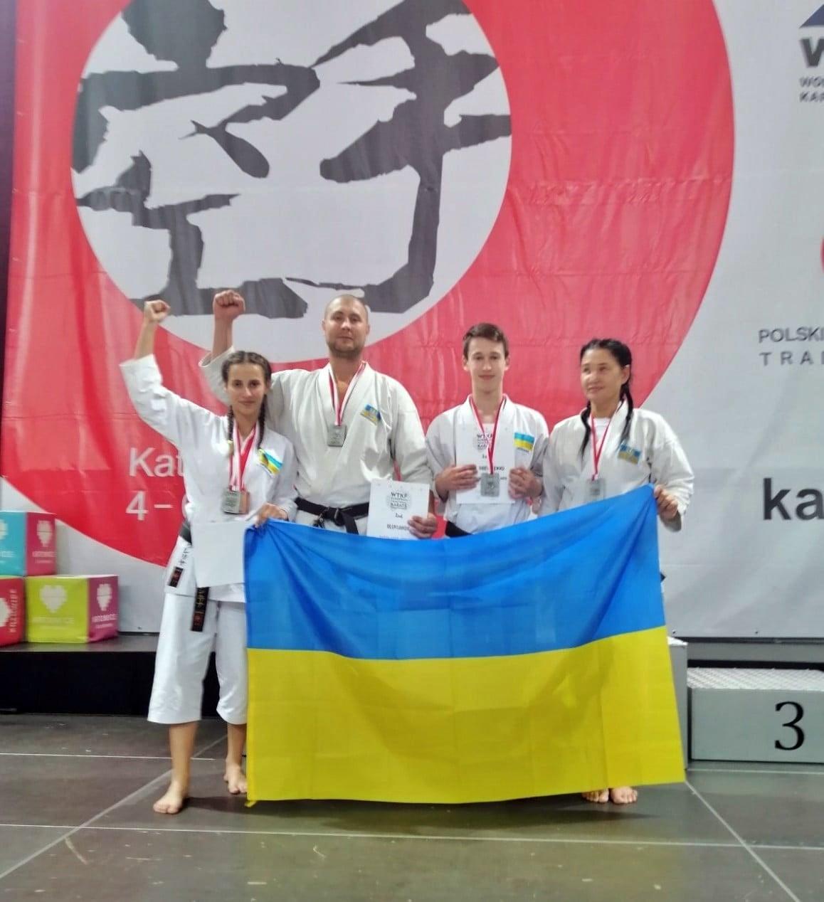 Каратисти з Костянтинівки вибороли 10 медалей на Чемпіонаті Європи